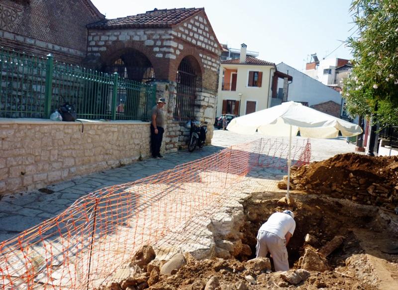 Άρτα: Έγινε η αρχή της έρευνας στην πλατεία Αγίας Θεοδώρας